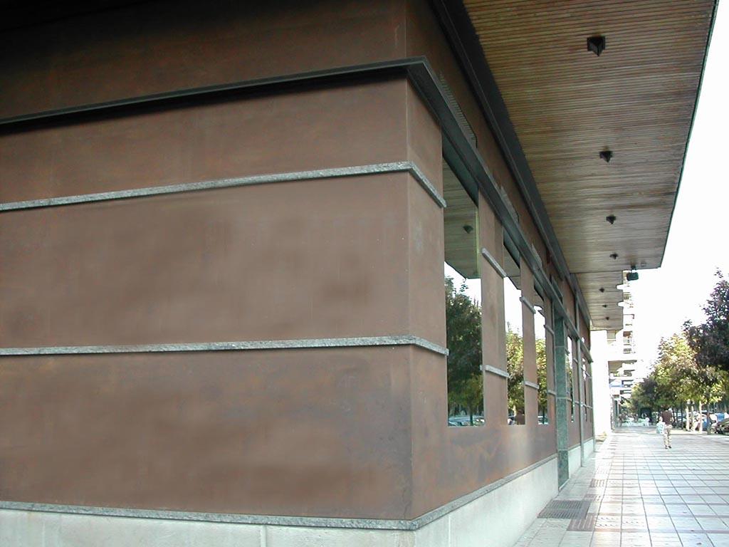 fachada de acero cortén en pamplona