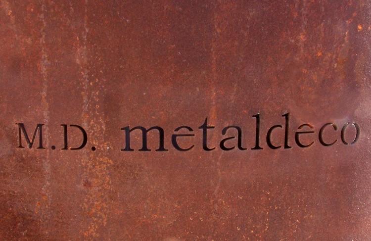 hierro oxidado